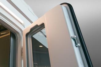 Dicar Cocoon Instapdeur met raam en 2-puntssluiting